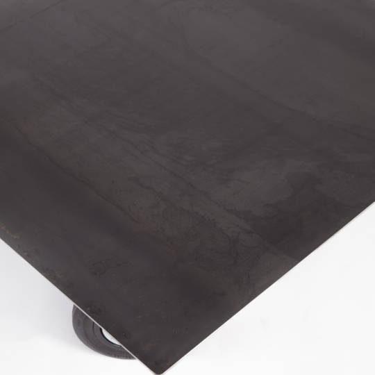Table-basse-en-acier-zoom