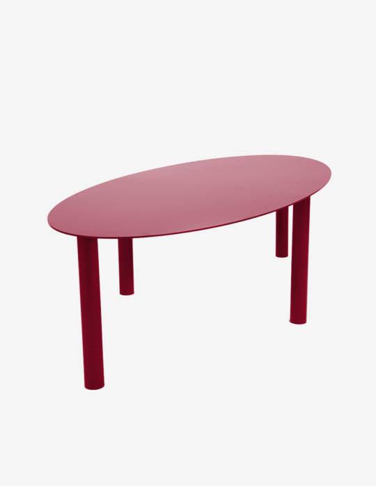 Table-basse-ovale-en-acier-Jeane-rouge-rubis2