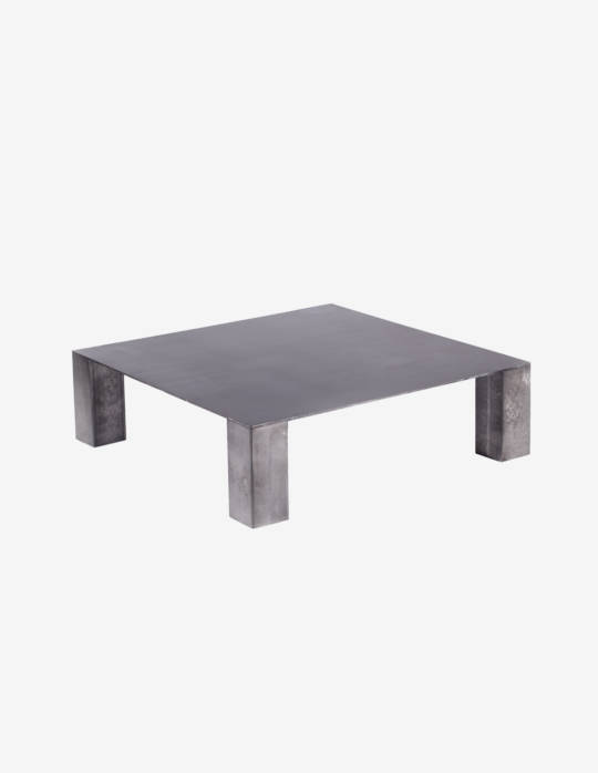 Table basse carr e en acier jeane origine metal for Table basse rubis